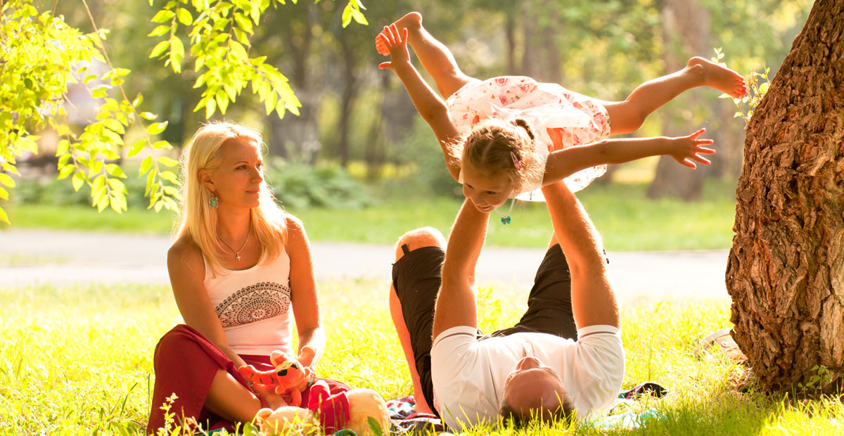 family_playing_outside1